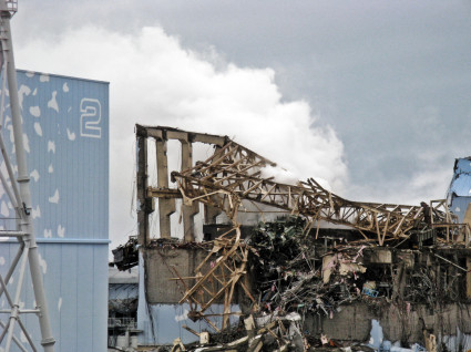 Fukushima Daiichi Unit 3 after explosion - March 20th, 2011 - 4