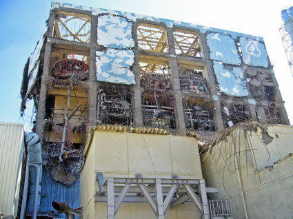 Fukushima Daiichi - Unit 4 - March 18th, 2011 - 1013 - 1 - Enformable